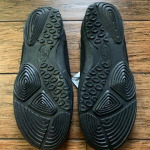 Body Glove Shoes - Black Bodyglove Water Pool Beach Shoes
